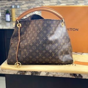 Louis Vuitton Artsy